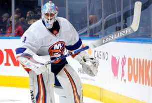 red-wings-sign-thomas-greiss-as-nhl-free-agent-goalie-rush-winds-down