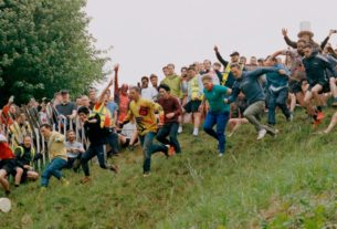 cheese-rolling-and-other-curious-pastimes-of-the-english
