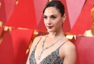 gal-gadot-to-play-cleopatra