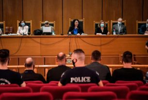 greek-court-imposes-jail-terms-on-far-right-golden-dawn-leaders