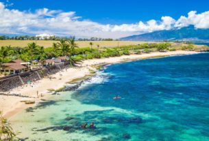 gutted-hawaii-tourism-industry-preps-for-new-arrivals