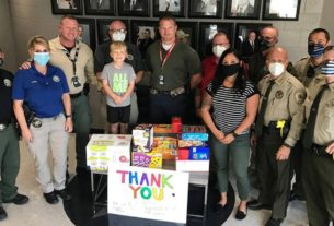 little-boy-raises-$500-for-his-birthday,-donates-to-sheriff's-office