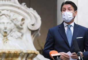 who-cares-about-credit-ratings?-italy-can-borrow-money-for-free