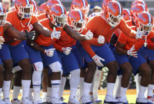 gators-move-up-a-spot-in-latest-coaches-poll