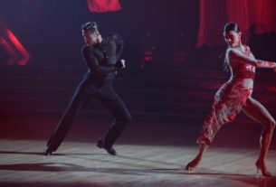 derek-hough-returns-to-the-floor-on-'dancing-with-the-stars'