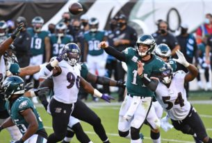 why-carson-wentz-calls-eagles-offense's-new-dimension-'a-game-changer'