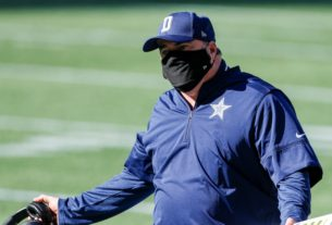 the-cowboys'-locker-room-is-reportedly-imploding,-and-eagles-fans-are-trolling-hard