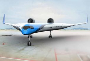 futuristic-'flying-v'-airplane-makes-successful-maiden-flight