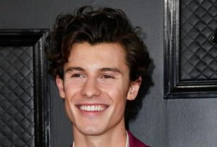 shawn-mendes-bares-his-heart-in-netflix-doc-'in-wonder'