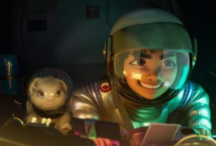 'over-the-moon'-doesn't-succeed-in-lifting-netflix-into-disney's-orbit