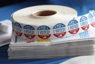 7-days-from-election-day,-here's-what-we-know-about-who's-voted-so-far-in-key-states