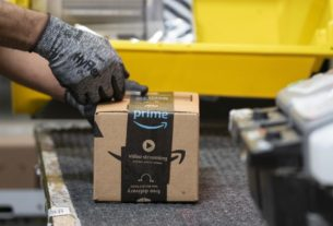 amazon-plans-to-add-100,000-seasonal-workers-in-holiday-hiring-blitz