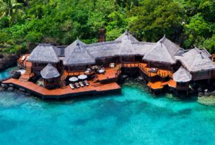 fiji-resort-offers-the-ultimate-in-social-distancing