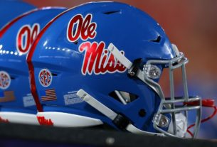 ole-miss-freshman-damarcus-thomas-potentially-seriously-injured-at-practice