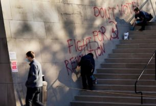 wwi-memorial-that-doubles-as-a-polling-site-vandalized-with-'voter-intimidation'-messages,-museum-says