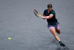 nadal-charges-into-paris-quarters