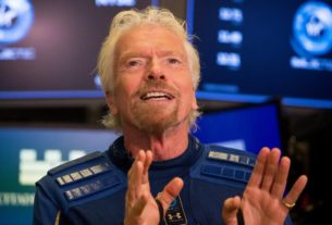 virgin-galactic's-richard-branson-wants-to-be-the-first-'space-billionaire'-to-actually-travel-to-space