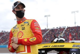 joey-logano-thought-about-causing-late-caution-in-championship-race