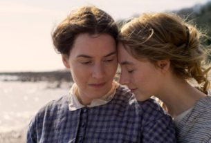 'ammonite'-derives-its-muted-shine-from-kate-winslet-and-saoirse-ronan