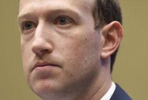 zuckerberg:-bannon's-beheading-comments-aren't-enough-to-ban-him-from-facebook