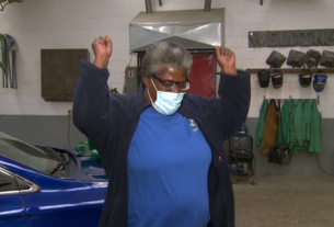 retired-army-vet-given-a-new-car-on-veterans-day