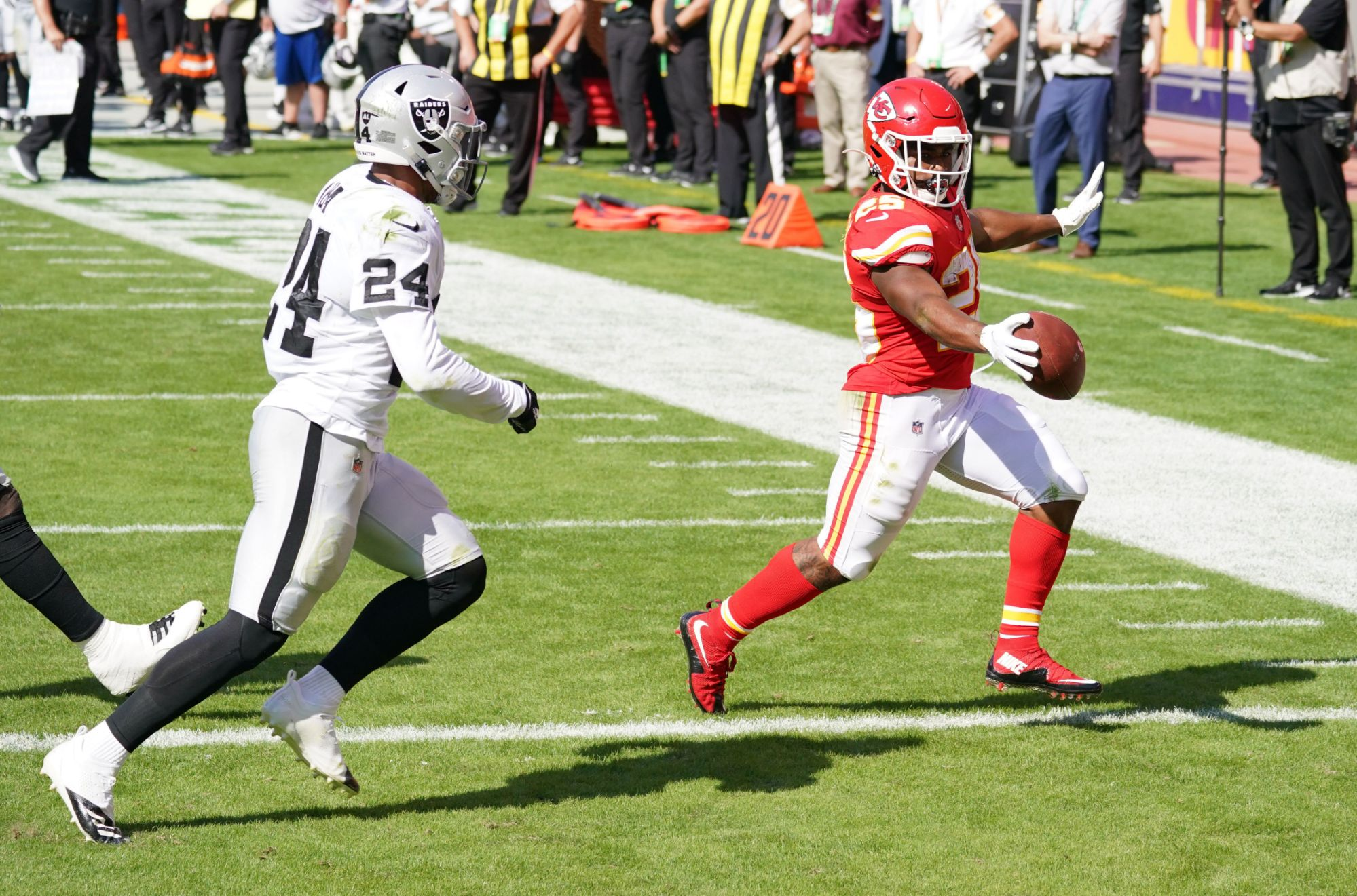 4-chiefs-players-to-watch-in-week-11-vs.-raiders
