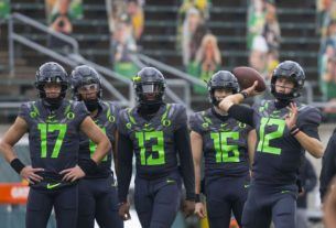 oregon-jumps-into-the-top-10-in-post-week-12-ap-top-25