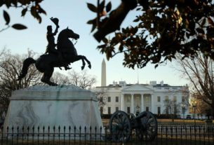 surgeon-general-adams:-all-americans,-even-at-the-white-house,-should-avoid-large-holiday-gatherings