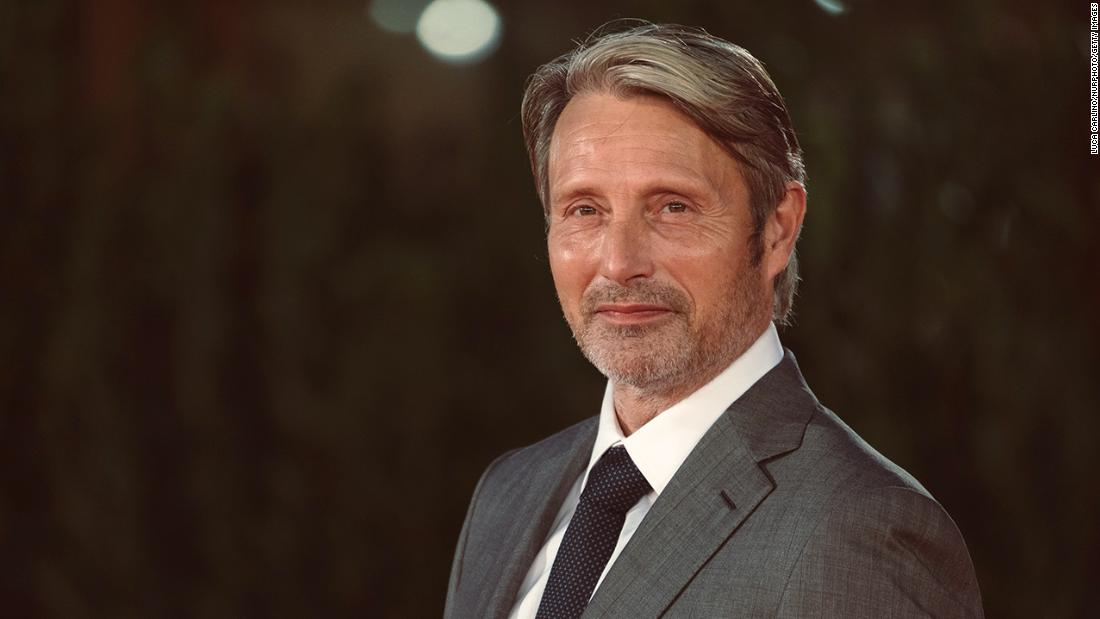 mads-mikkelsen-replaces-johnny-depp-for-third-'fantastic-beasts'-movie