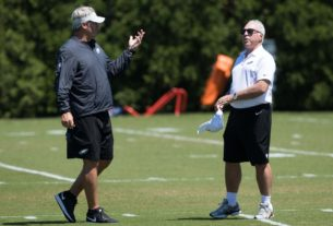 jeffrey-lurie's-growing-frustration-could-lead-to-big-personnel-changes-for-the-eagles