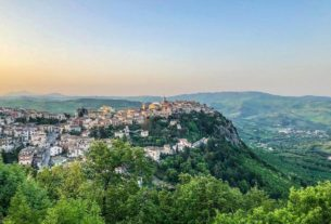 another-idyllic-italian-village-selling-$1-houses