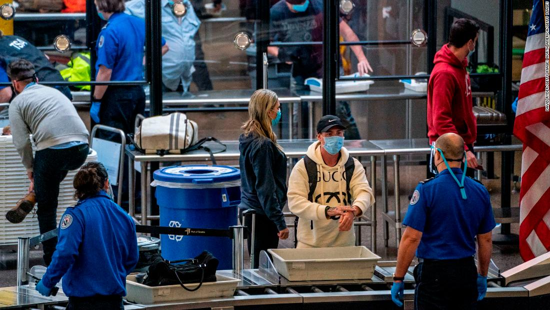 sunday-was-the-busiest-day-for-us-air-travel-since-the-pandemic-began
