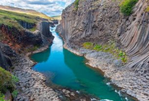 travelers-to-iceland-don't-have-to-quarantine-or-get-tested-if-they've-had-covid-19
