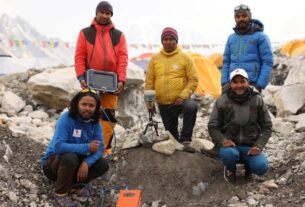 china-and-nepal-finally-agree-on-mount-everest's-height-after-years-of-dispute
