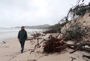 australia's-byron-bay-beaches-'severely-eroded'-as-heavy-rain-batters-the-country