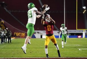 plaschke:-soul-crushing-defeats-have-become-the-norm-for-once-mighty-trojans-program