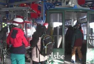 see-how-verbier,-switzerland,-is-staying-open-amid-pandemic