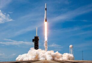 2020-is-when-private-spaceflight-just-got-started.-in-2021-it-will-shoot-for-the-stars