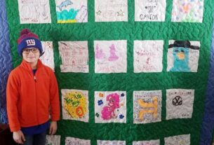 christmas-quilts-stitched-with-memories,-love