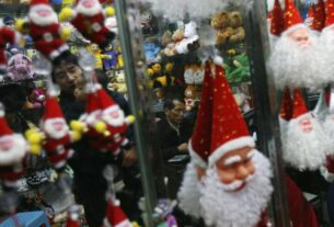 china-turns-off-the-lights-in-'christmas-town'