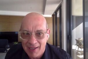 tom-hanks-reveals-he-shaved-his-head-for-a-role,-and-he's-not-thrilled