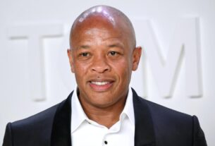 dr.-dre-says-he's-hospitalized-but-'doing-great'