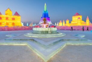spectacular-city-carved-from-snow-and-ice-rises-in-china
