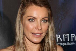 crystal-hefner-says-she-almost-died-during-cosmetic-surgery