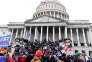 house-pushes-for-trump's-removal-after-deadly-capitol-riot