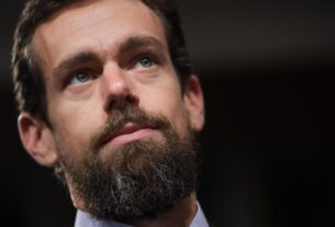 twitter's-stock-falls-after-trump's-account-is-suspended