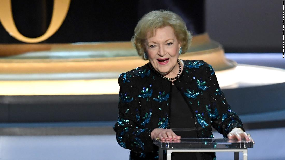 how-betty-white-is-celebrating-her-99th-birthday-in-quarantine