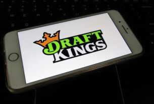 is-draftkings-stock-a-buy-or-sell-right-now-as-more-states-legalize-sports-betting?