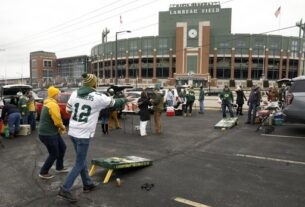 85-year-old-fan's-streak-of-packers-playoff-games-will-go-on
