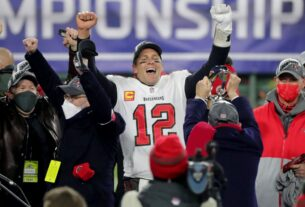what-a-mic'd-up-tom-brady-told-his-son-after-winning-the-nfc-title-game